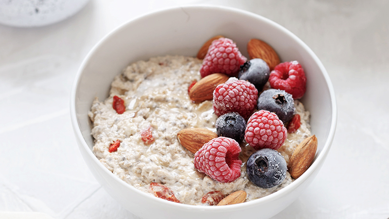 instant oats is one of the fake healthy foods to avoid
